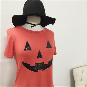 April Spirit Tops - 🎃Just in🎃 Halloween Graphic Teeshirt
